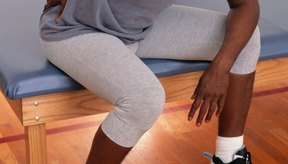 Una rutina de caminar, el baile y otras rutinas de ejercicios sin levantamiento de peso centrado también son seguros para probar.