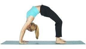 Las contorsiones que participan en el yoga pueden dañar el cuerpo.