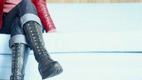 Existen una variedad de botas elegantes que calzan bien en piernas anchas.
