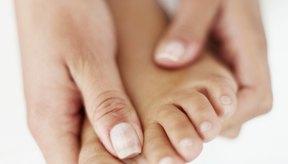 El masaje a menudo puede ayudar a aliviar el dolor causado por los juanetes.