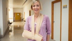 El colágeno ayuda a a reparar las fracturas óseas.