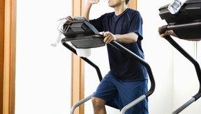 El ejercicio con la elíptica es de baja tensión, ideal para quienes tienen problemas en las rodillas.