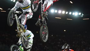 Los modelos BMX se utilizan en competencias de deportes extremos muy populares entre adolescentes.