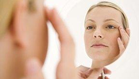 Los productos de belleza son la solución rápida para mejorar la manera en que te sientes acerca cómo te ves en el espejo, pero los estudios sobre cómo la dieta afecta a la salud demuestran que la belleza va mucho más allá de la piel.