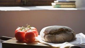 Los panes y solanáceas, como los tomates, son ricos en lectinas.