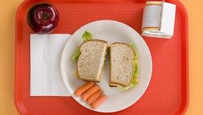 El comer una dieta balanceada te ayudará a cumplir tus necesidades diarias de nutrientes.