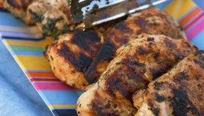 El pollo asado se cocina rápido y es bajo en grasa.
