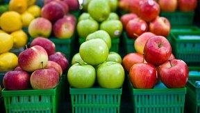 Elige frutas y verduras bajas en vitamina K si estás en una dieta restringida.