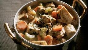 Un estofado de verduras y carne provee proteínas, fibra y antioxidantes.