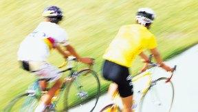Ejercitarse en casa puede ayudarte a mejorar tu condición para el ciclismo.