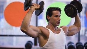 Un levantador de pesas también puede correr para el entrenamiento aeróbico.