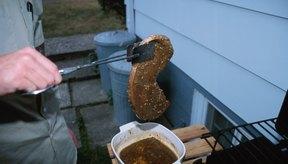 Las marinadas ayudan a que los bistecs de solomillo estén húmedos.