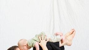 Para poder comenzar a hacer ejercicio luego de dar a luz, opta por hacer ejercicios moderados, como yoga.