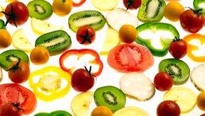 Muchas frutas y vegetales pueden ayudarte a reducir el riesgo de coágulos de sangre.