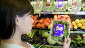 Un incremento en cereales, vegetales y agua ayudará a regular los movimientos intestinales.