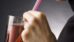 Usar una pajilla puede aumentar la ingestión de aire.