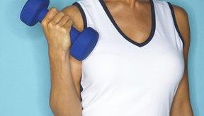 Mayores pesos ponen más presión sobre los músculos, dando resultados.
