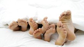 Existen varios trastornos que pueden provocar dolor en el dorso del pie.