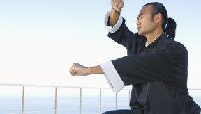 Una postura se refiere a la posición de las piernas y a la colocación superior del cuerpo.