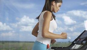 Aumenta la inclinación para enfocarte en tus glúteos mayores.