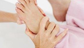 Cómo limpiar el hígado a través de reflexología en el pie.