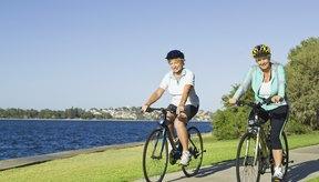 Andar en bicicleta puede fortalecer tu corazón.