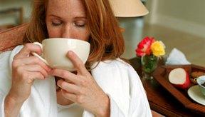 Discute los beneficios y los riesgos del té de manzanilla con tu doctor.
