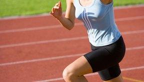 Los flexores de la cadera llevan la rodillas hasta el pecho al hacer un sprint.