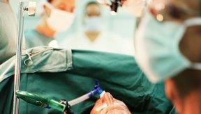 Un porcentaje alto de cirugías con malla para hernia, fallan.