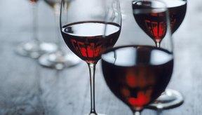 La investigación sugiere que una porción diaria de vino tinto puede proporcionar beneficios para la salud del corazón.
