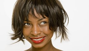 Aprende algunas alternativas para alisar el cabello.