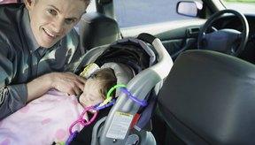 Seguir las leyes del asiento de coche ayuda a mantener a tu hijo seguro.