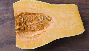 La tonalidad intensa amarillo-naranja de su carne sugiere que la calabaza es una rica fuente de vitamina A.