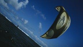 Puedes viajar en cualquier dirección con un kiteboard, incluso con el viento.