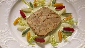 El paté proporciona selenio beneficioso, pero es alto en grasas saturadas.