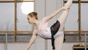 Los ejercicios de ballet ayudan a definir los músculos y a dar forma al cuerpo.
