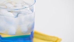 Para aliviar el estreñimiento asociado con la quimioterapia, bebe abundante cantidad de líquido y fibra.