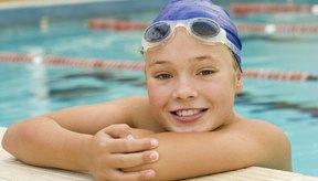 Debes usar gafas sólo cuando nades, y no cuando practiques deportes en o fuera del agua.