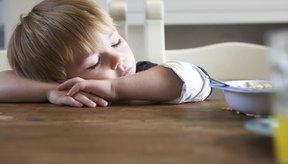 Si tu hijo está mostrando signos de fatiga inusual, consulta a un pediatra o alergólogo para el diagnóstico y tratamiento.