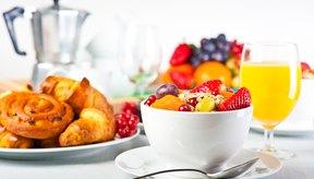 Si omites el desayuno y el almuerzo te sentirás cansado y desganado.