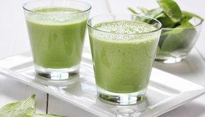 Los batidos verdes pueden ayudarte a perder peso si puedes reducir las calorías diarias.