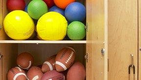 Utiliza pelotas para las actividades de atrapar y lanzar para niños.