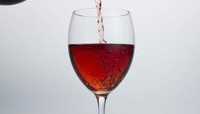 El alcoholismo puede contribuir a la gota y a los calambres musculares.