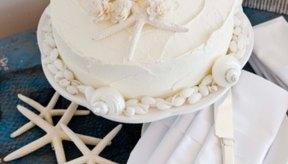 Una caja de mezcla para pastel puede ser la base de un delicioso postre.