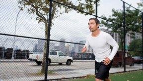 Hacer ejercicio aeróbico a diario puede mejorar tu resistencia sexual naturalmente.