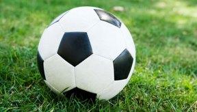 El dolor de rodilla es especialmente común en las jugadoras del fútbol femenino.