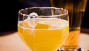 La cerveza contiene desde poco a nada de azúcar.