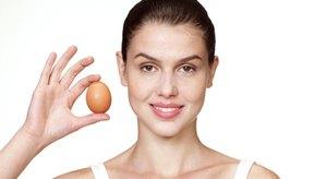 Los huevos contienen vitaminas como la B6, que es importante para la función adecuada de tu hígado y riñones.