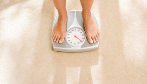 Para esta grasa, tendrás que reducir las calorías y quemar más calorías mediante el ejercicio con el fin de crear un déficit de energía.