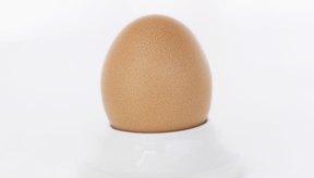 Los huevos duros son una fuente completa de proteínas sin la grasa adicional de otros métodos de cocción.